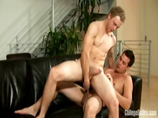 Porn Tube of College Dudes - Hayden Fucks Cole 2