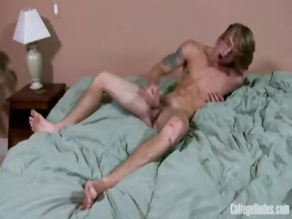 Porn Tube of College Dudes - Tom Faulk