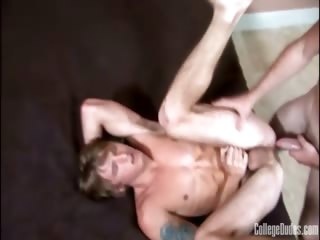 Porn Tube of College Dudes - Jerry Ford Fucks Tom Faulk
