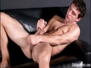 Porn Tube of Ty Carver Is A Sexy Guy Back At College Dudes