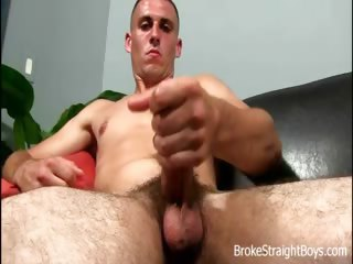 Porno Video of Broke Straight Boys - Oliver Bowen