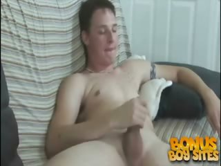 Porno Video of Straight Boys Jerk Off - Jordan