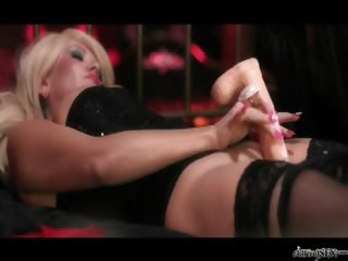 Porno Video of Tiffany Kingston Uses Multiple Dildos To Fuck Her Wet Pussy