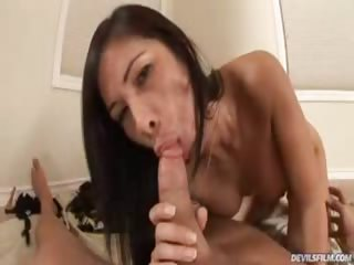 Porno Video of Sexy Asian Gets Some Big Hard Cock In This Pov Video