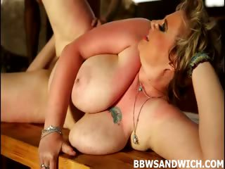 Porno Video of Diana & Dominika In Bbw Threesome