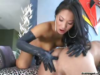 Porno Video of Beautiful Asian Chick Gets Her Hot Strap-on Dick In An Ass !