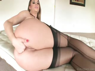 Porn Tube of The Beautiful Chanel Playing With Toys In Her Sexy Butthole
