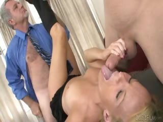 Porno Video of Hottie Gets Her Cunt Fucked Hardcore By Two Horny Guys !