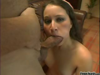 Porn Tube of Young American Chick Inhales A Hard Dick & Receives A Facial