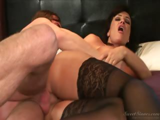 Porno Video of Milf Lisa Ann Gets A Treat From A Younger Boy