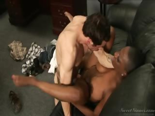 Porno Video of Interracial Fucking As The Dean Seduces Her Younger Student!