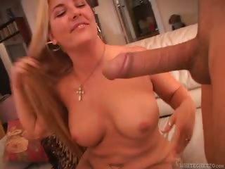 Porno Video of Real Bushy Beavers #02