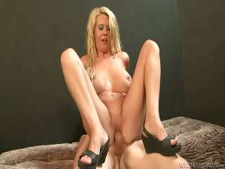 Porn Tube of I Wanna Cum Inside Your Mom #31