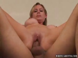 Porno Video of I Wanna Cum Inside Your Mom