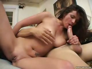 Porno Video of I Wanna Cum Inside Your Mom #11