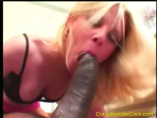 Porno Video of Huge Fuck With Huge Cock