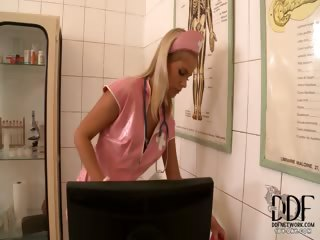 Porno Video of Hot Blonde Nurse In Pink Latex