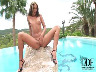 Porn Tube of Bikini Babe Masturbates