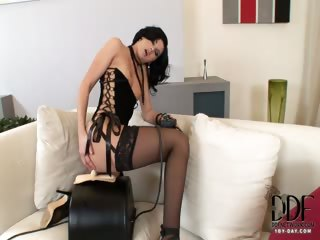 Porn Tube of Lulu Gets Fucked By A Sybian