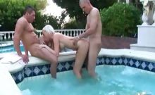 Kelly Taylor gets her pussy stretched by two dicks