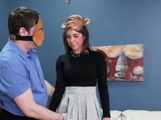 flirtende pige blev bragt i røvhule nuthouse for hård terapi