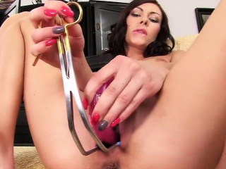 frisky czech chick opens up her spread crack to the special