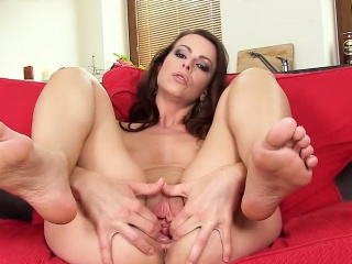 hot czech girl stretches her juicy pussy to the unusual