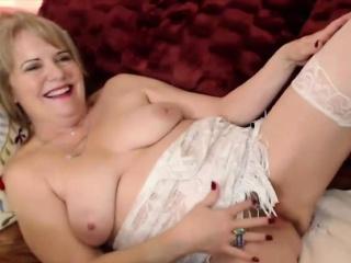 horny catherinexx with furry vagina that is wet - alivegirl