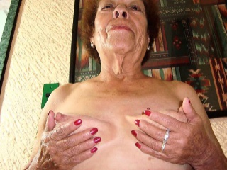 hellogranny eigenlijk kunnen deze grannies op de vagina hebben