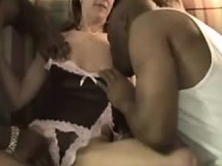 32-slutty white mom creampied by two bbc