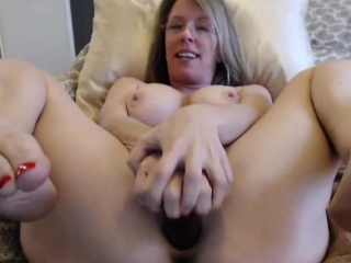 vicious big mature milf with shifting twat