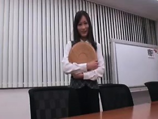 naughty japanese secretary puts her sweet lips to work on a