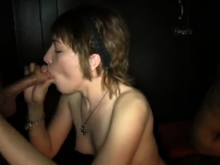 cum- loving young sweethearts are pleasing strangers in pre