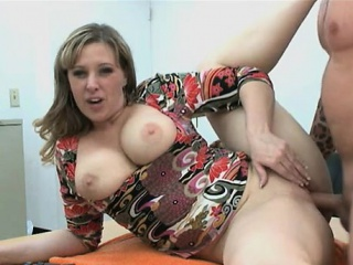 addicted mommy cannot stop sucking and riding a large boner