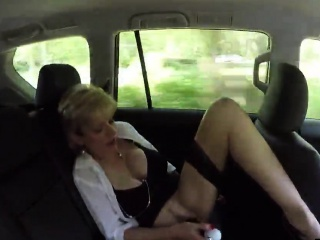 cheating english mature lady sonia exposes her gigantic knoc