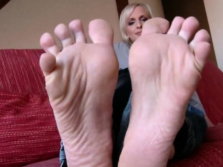lada bottoms that are tremendous feet that are ticklish