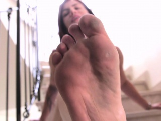 clear my dirty toes together with your mouth