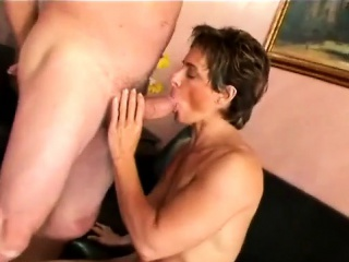 hot female bodybuilder gets pussy banged