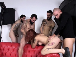 las folladoras - hot group sex with lilyan red and 4 newbies