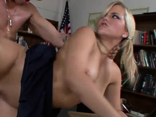 hot cheerleader alexis texas gets shagged