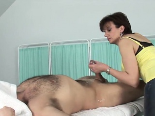 unfaithful english mature lady sonia displays her massive ju