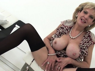 adulterous british mature gill ellis shows off her massive k