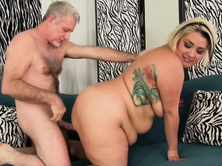 Horny Chubby Milf Gives Her Fucking Partner A Wonderful Blowjob
