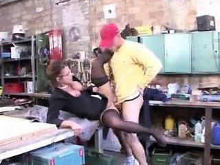 mme colette choisez se fait baiser par l'ouvrier de son mari