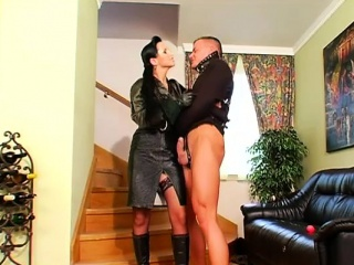 babe gets her throat and cunt drilled in domination fetish