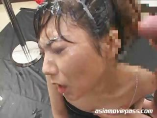 Porno Video of Bukkake Drinker 6