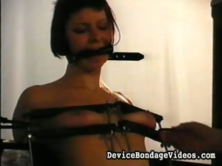 Porno Video of Short Haired Brunete With Mouth Strapped