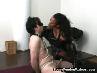 Porno Video of Ebony Femdom Bitch