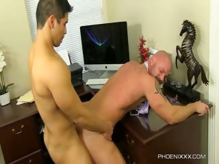 Porn Tube of Mitch Vaughn & Spencer Williams - The New Guy Gets His Revenge!
