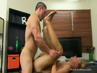 Porno Video of Brock Landon And Evan Stone - Riding A Straight Muscle Man